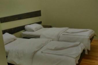 cheremosh_room_double_bed